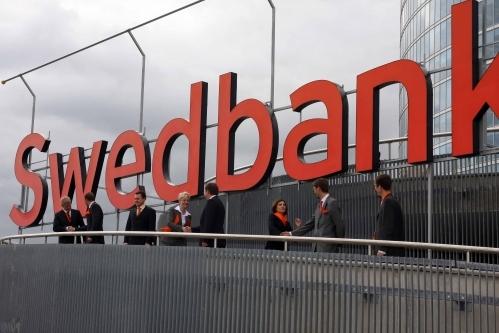 http://www.ekonomika.lv/wp-content/uploads/2010/06/swedbank-uzraksts.jpg